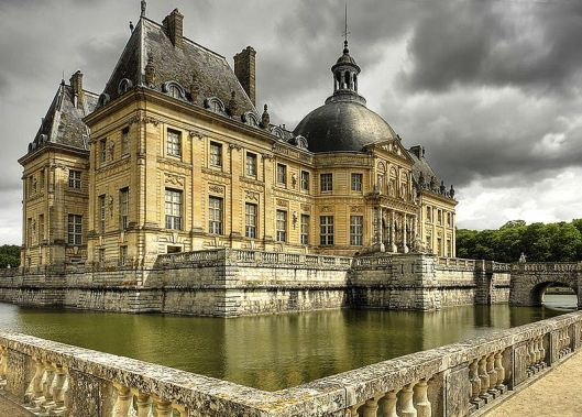 800px-Le_chateau_de_Vaux_le_Vicomte