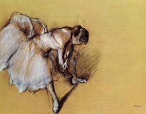 dancer-adjusting-her-sandel