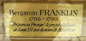 Plaque honouring Benjamin Franklin at the Café Procope