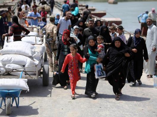 19-Displaced-Sunni-Iraqis-AFP-Getty