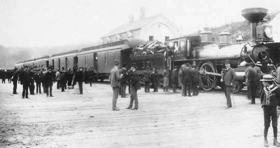 Arrival-passenger-train-Canadian-Pacific-Port-Moody-July-4-1886
